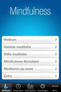 De Mindfulness app is een leuke tool om herinnerd te worden om op een dag af en toe een moment van rust te nemen of te mediteren.
